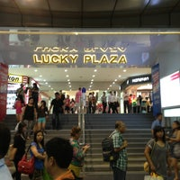 Photo taken at Lucky Plaza by BAS 2. on 6/26/2013