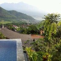 Photo taken at Jambuluwuk Batu Resort by HD Z. on 2/4/2013