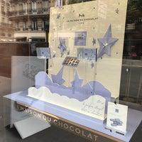รูปภาพถ่ายที่ La Maison du Chocolat โดย Cassie V. เมื่อ 5/5/2017