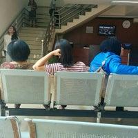 Photo taken at Kantor Imigrasi Kelas 1 Jakarta Pusat by Stallone T. on 5/18/2016