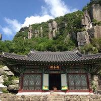 Photo taken at 무등산 규봉암 by Jane Eunbyeol L. on 6/6/2014