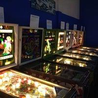 Foto tirada no(a) Seattle Pinball Museum por Jonathan M. em 3/23/2013
