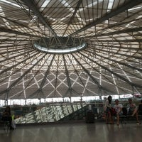Photo taken at Shanghai South Railway Station by inge l. on 10/5/2012
