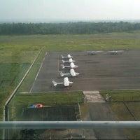 Foto diambil di Bandar Udara Tunggul Wulung (CXP) oleh Kail P. pada 4/28/2013