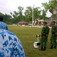 Photo taken at Lapangan Dwi Warna by Darkuni on 11/10/2014