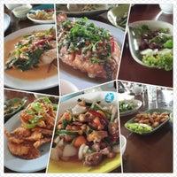 Photo taken at ร้านอาหารบ้านดอน by Notch W. on 4/15/2014