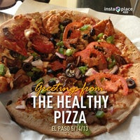 Photo taken at The Healthy Pizza Company by Jerry T. on 5/14/2013