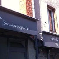Photo taken at La Petite Boulangerie by Eloi S. on 8/15/2014