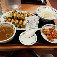 Photo taken at 日高屋 八丁堀新大橋通店 by Shinichi O. on 6/12/2017