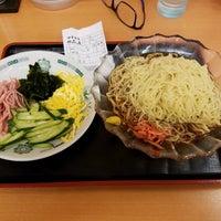 Photo taken at 日高屋 八丁堀新大橋通店 by Shinichi O. on 6/16/2017