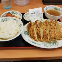 Photo taken at 日高屋 八丁堀新大橋通店 by Shinichi O. on 7/7/2017