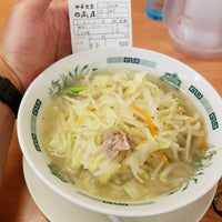 Photo taken at 日高屋 八丁堀新大橋通店 by Shinichi O. on 8/17/2017