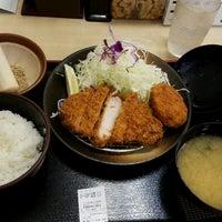 Photo taken at 松乃家 中野店 by Shinichi O. on 8/16/2016