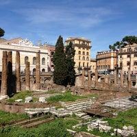 รูปภาพถ่ายที่ จัตุรัสโรมัน โดย Romain L. เมื่อ 4/6/2013