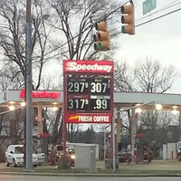 Photo taken at Speedway by L R. on 12/15/2012