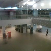 Photo taken at Aeropuerto Internacional de Rosario - Islas Malvinas (ROS) by Elisa on 3/12/2013