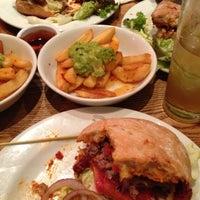 Снимок сделан в Carnaby Burger Co пользователем Paul A. 10/17/2012