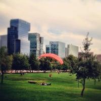 3/24/2013 tarihinde Leo P.ziyaretçi tarafından Parque Araucano'de çekilen fotoğraf