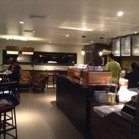 Photo taken at Starbucks Colonia Médica by Deyvim Gonzalez G. on 9/12/2013