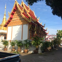 Photo taken at วัดแม่โจ้ by Nuch' N. on 12/10/2016