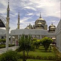 Photo taken at Masjid Kristal by Anizar A. on 5/30/2013