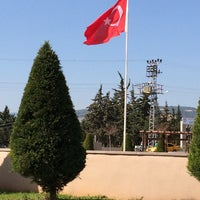 Photo taken at Eski Mezitli Şehitlik Anıtı by Sefa K. on 2/26/2016