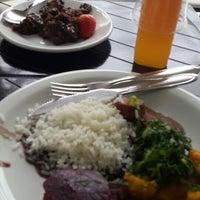 Foto tirada no(a) Melk Restaurante por Talita B. em 5/29/2013