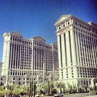 Foto tomada en Caesars Palace Hotel & Casino por Ray L. el 6/26/2013
