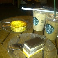 Photo taken at Starbucks by Meisy G. on 2/24/2013
