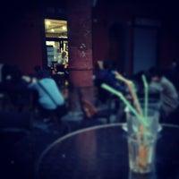 Foto scattata a Piccolo & Sublime da Francesco B. il 9/19/2012
