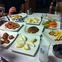 11/3/2012 tarihinde Gözde G.ziyaretçi tarafından Kordon Yengeç Restaurant'de çekilen fotoğraf