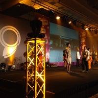 Photo taken at Four Seasons Hotel Jakarta by Marlene D. on 12/17/2014