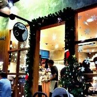 Foto tomada en After You por Jewzy D. el 12/22/2012