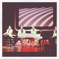 Foto tomada en Human Nature Theater por Bri U. el 11/26/2012
