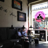 Photo taken at Joe & The Juice by Radik A. on 5/3/2013