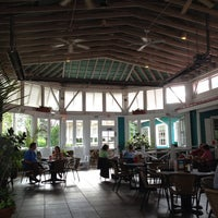 Photo taken at Bahama Breeze Island Grille by Benjamin G. on 6/11/2013