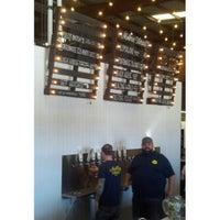 8/9/2013에 Vince O.님이 Modern Times Lomaland Fermentorium에서 찍은 사진