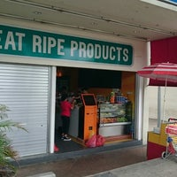 Photo prise au Eat Ripe Products par Mar H. le4/25/2015