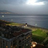 Foto tirada no(a) Ege Palas Business Hotel por ÇAPULCU A. em 3/21/2013
