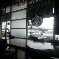 Photo taken at Starbucks by Mary Jane S. on 10/18/2012