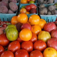 Photo taken at Oberlin Farmers Market by Edsel L. on 10/3/2015