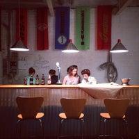 5/18/2013にKalabin A.がМотокафе «Энтузиаст»で撮った写真