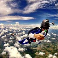 Foto tomada en Skydive Cuautla por Skygirl el 7/14/2013