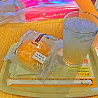 Photo taken at Doutor Coffee Shop by youhei_red on 5/1/2017