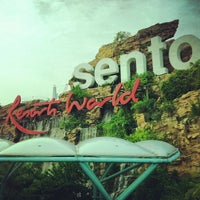 Foto tomada en Resorts World Sentosa por Mary T. el 1/14/2013