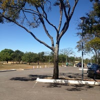 Photo taken at Quiosque do Estacionamento 3 by Leonel alves L. on 7/21/2013