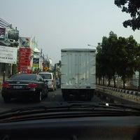 Photo taken at Jalan Panjang by Yafiw T. on 9/13/2013