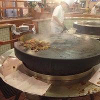 Photo taken at Big Wok Mongolian BBQ by CLAUDIO V. on 10/5/2012