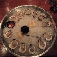 Das Foto wurde bei Clyde's Tower Oaks Lodge von Diana P. am 10/9/2012 aufgenommen