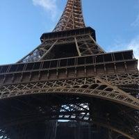 Foto tirada no(a) Restaurant 58 Tour Eiffel por Roberto G. em 11/2/2012